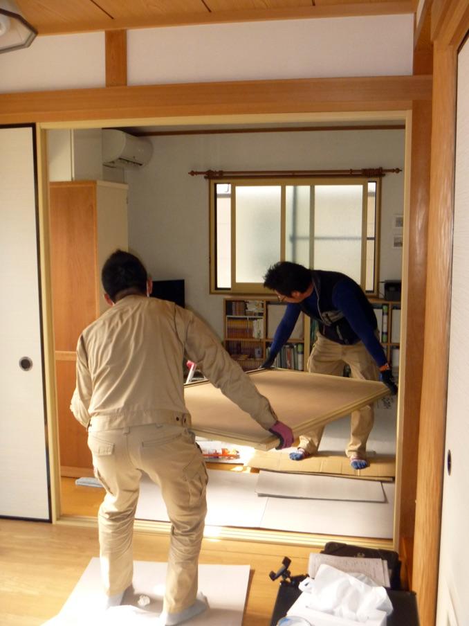 室内防音引き戸(内窓プラスト+防音合わせガラス12mm+面材)施工中