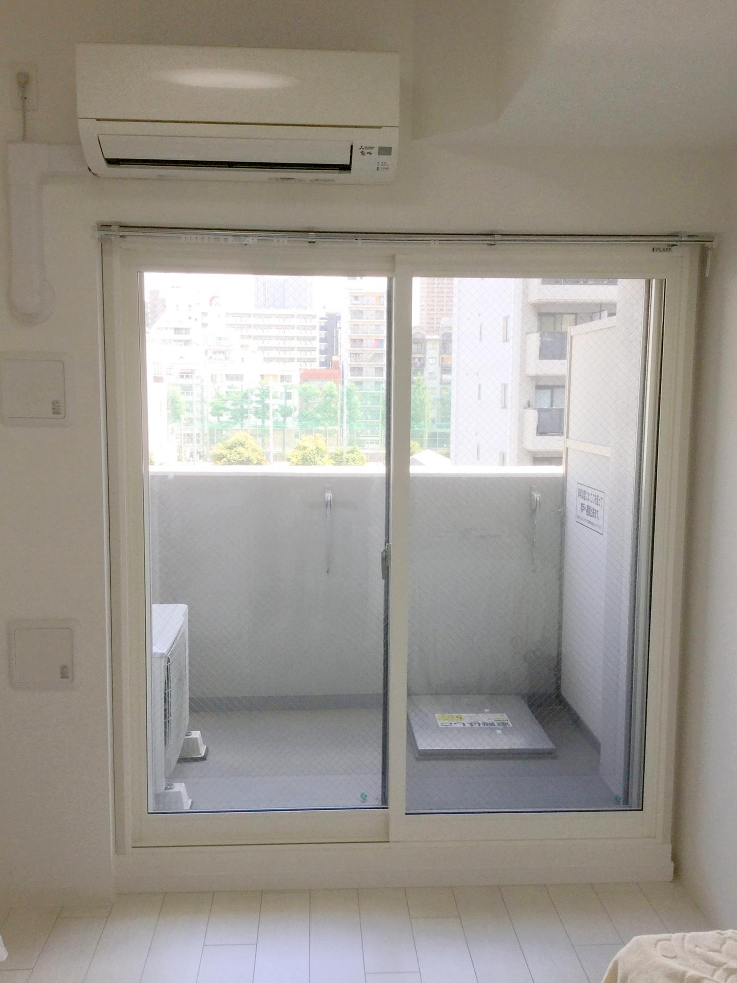 内窓プラスト&防音合わせガラス12mm施工後(掃き出し窓)