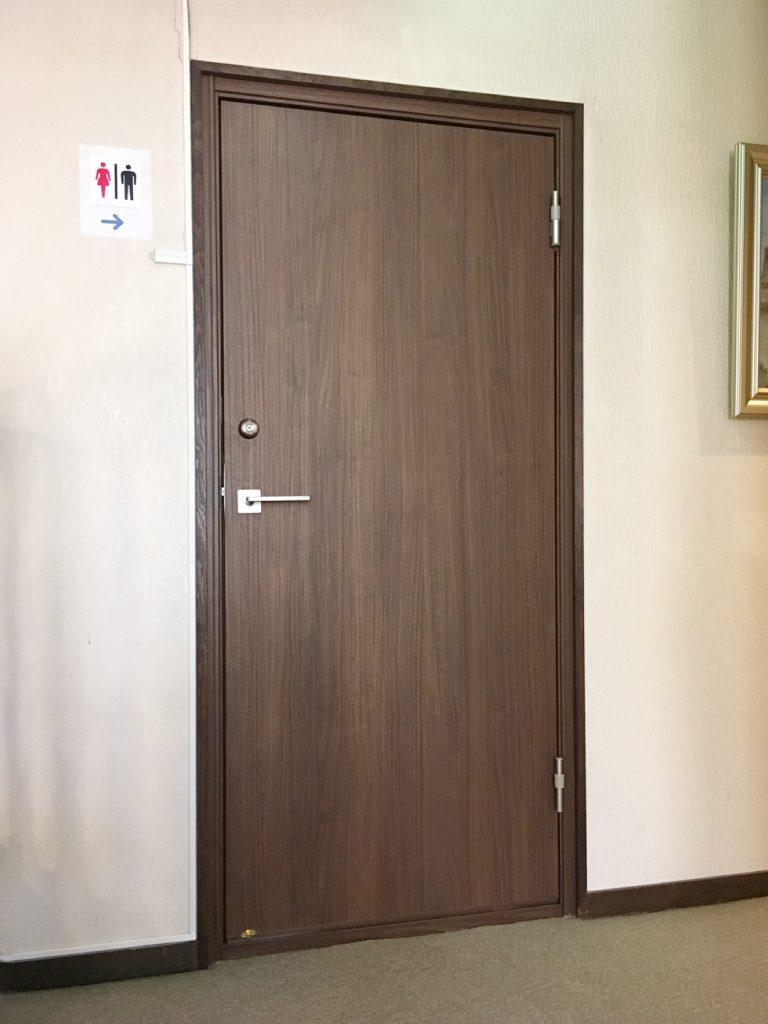 室内防音ドア リフォーム後(廊下側)