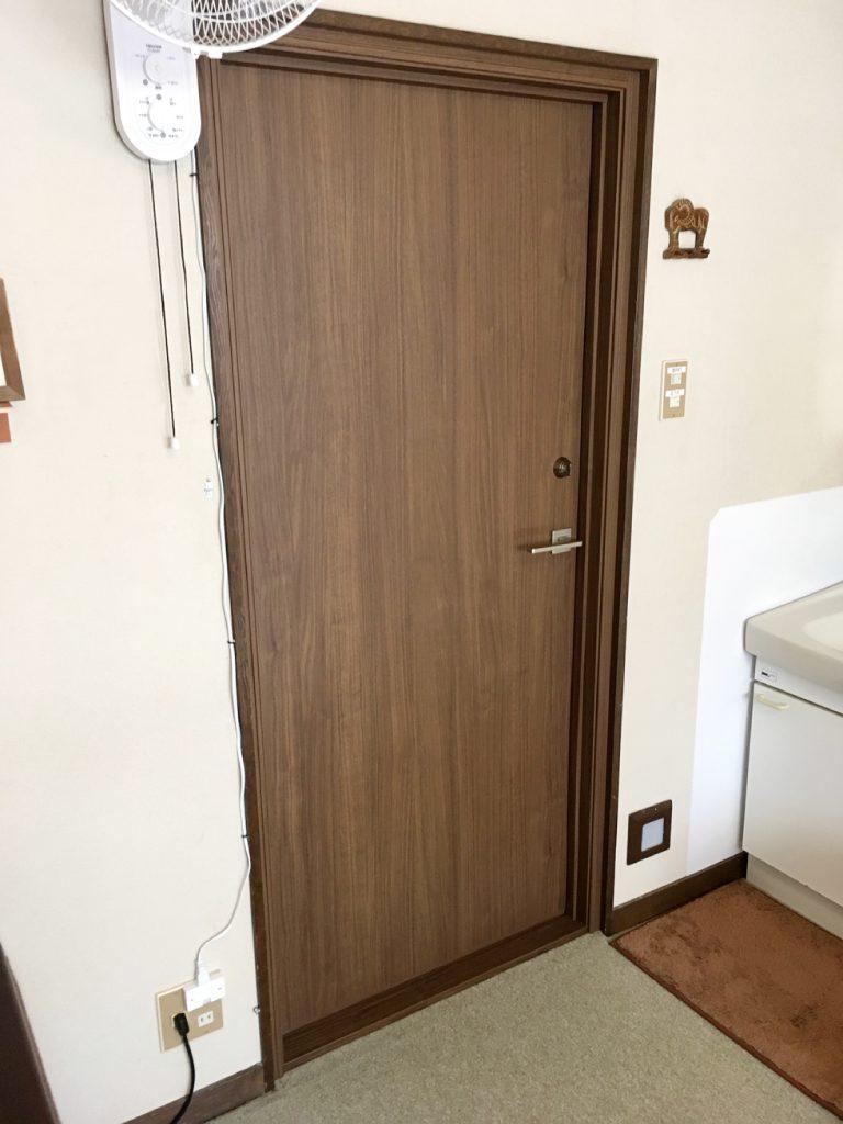 室内防音ドア リフォーム後(客室側)