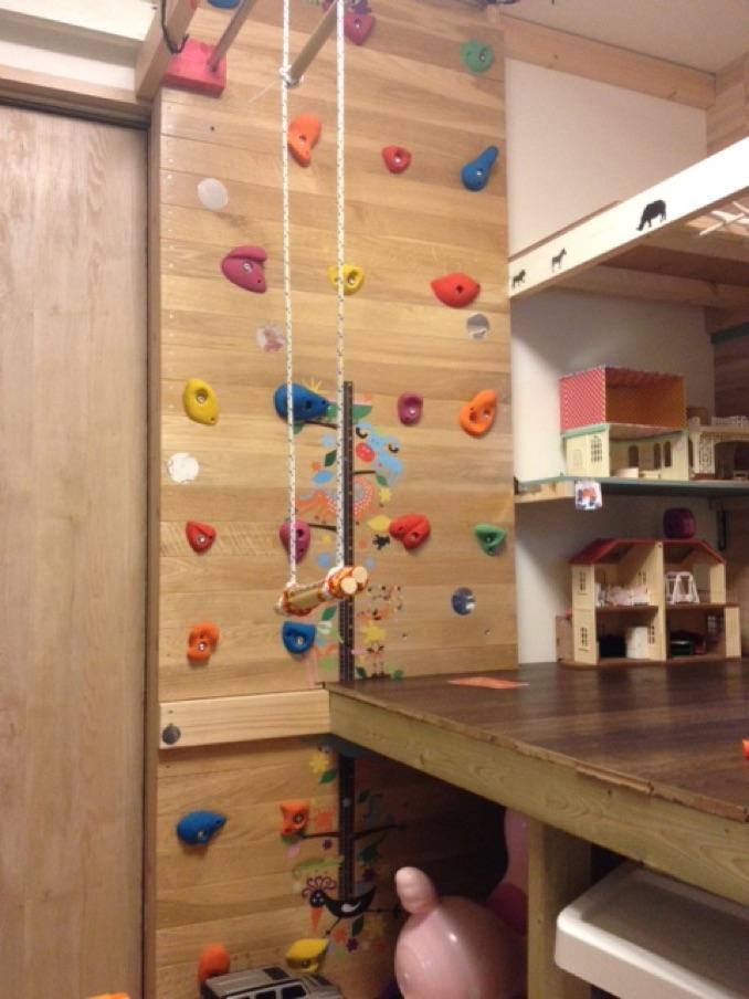 アウトレット床材で作る子供部屋の自作ロフトとクライミングフォール