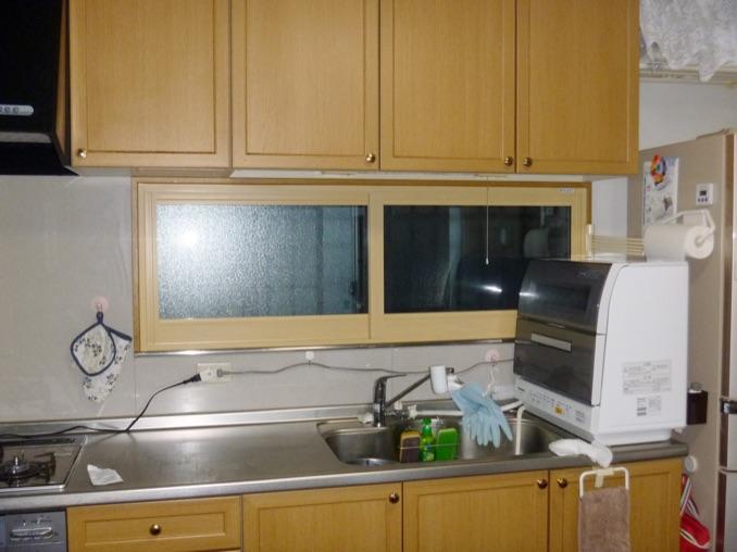 キッチン 出窓:内窓プラスト+防音ガラス12mm 施工後