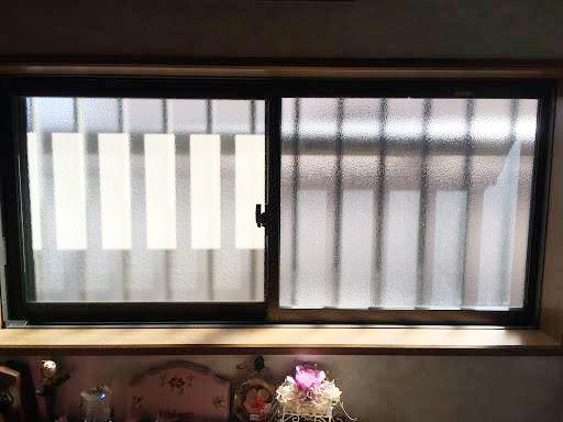 交換前の窓