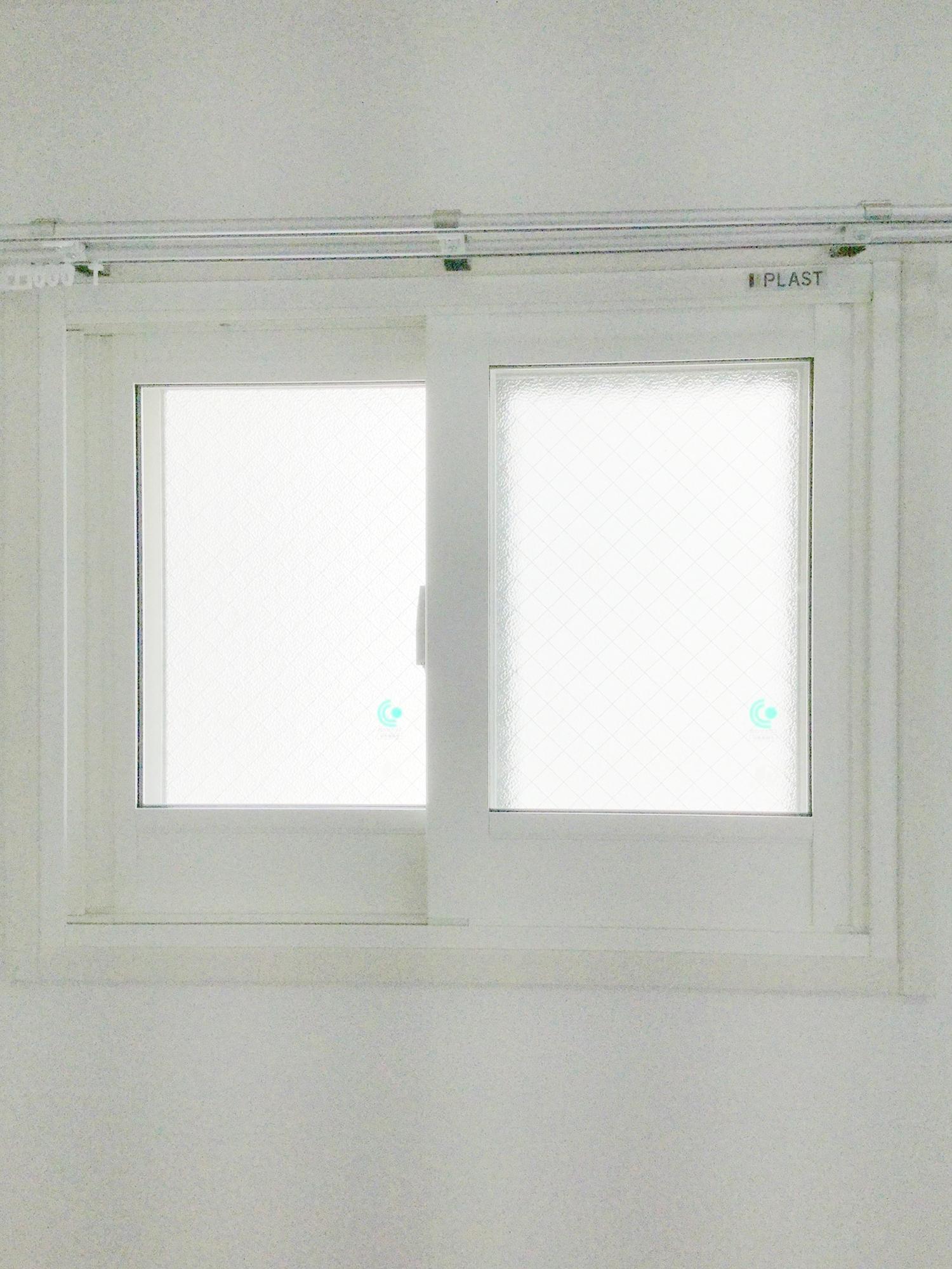 内窓プラスト&防音合わせガラス12mm施工後(小窓)