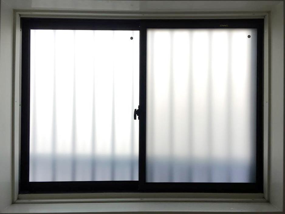 真空ガラスクリアFIT-すりガラス交換後(浴室の窓)