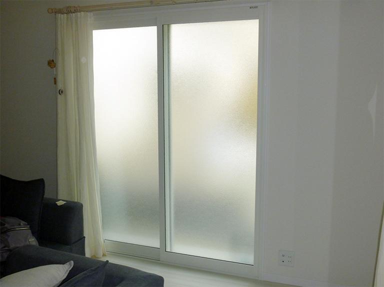内窓プラスト&防音合わせガラス型板ガラス施工後