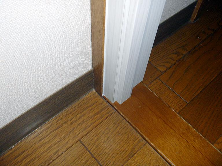 室内防音ドア施工後(ドア枠)